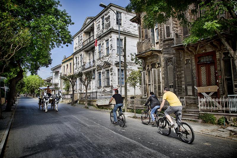 اسطنبول اوزونجول طرابزون اسطنبول sfari_f5f735aab15965